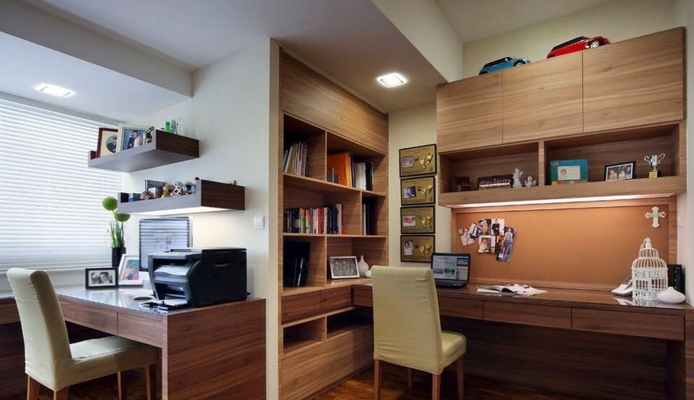 Столы в кабинете