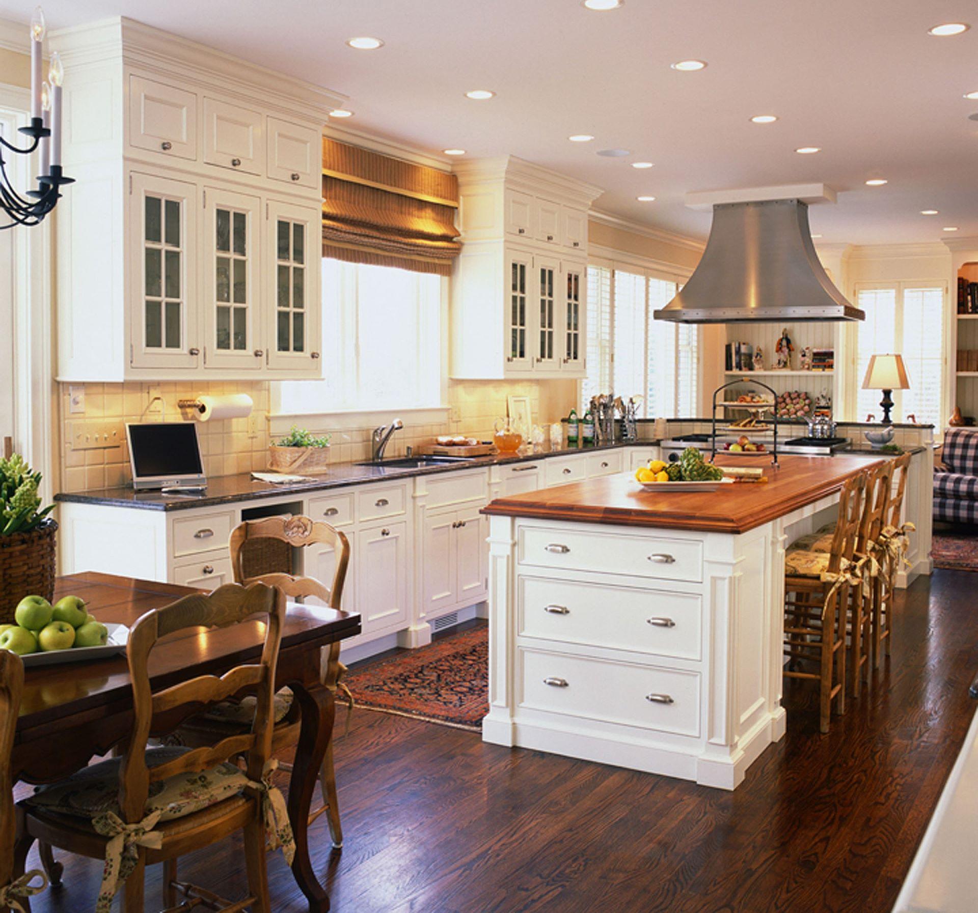 Для создании кухни в американском стиле требуется просторное помещение
