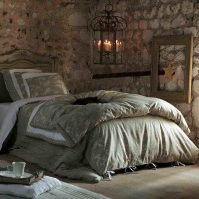 Обои для спальной комнаты в стиле прованс на фото