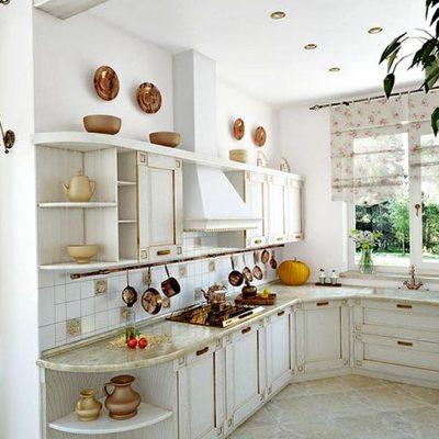 полки на кухне в стиле прованс