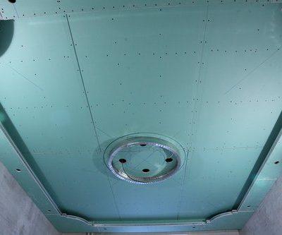 Бирюзовый потолок
