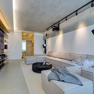 Бетонный потолок в комнате
