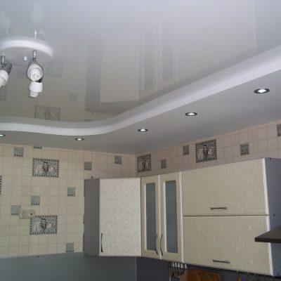 Глянцевый и матовый потолок