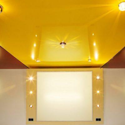 Жёлтый потолок