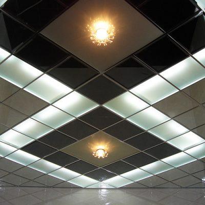 Зеркальные потолки армстронг