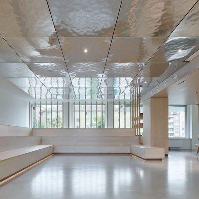 Кассетный потолок в офисе