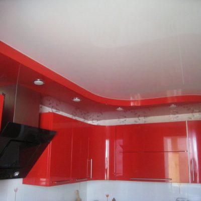 Красный потолок фото
