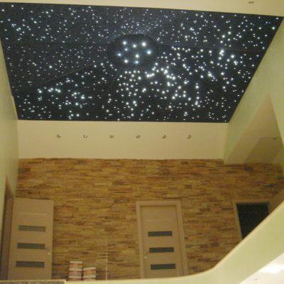 Натяжной потолок 3д дома