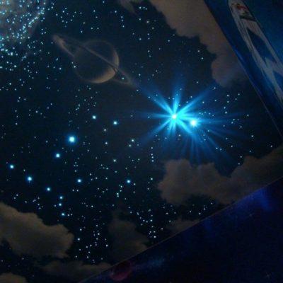 Натяжные потолки звёзды