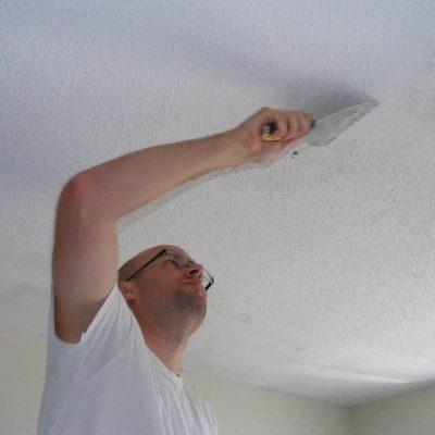 Побелка потолка белой