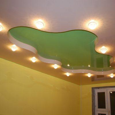 Потолки белый и салатовый