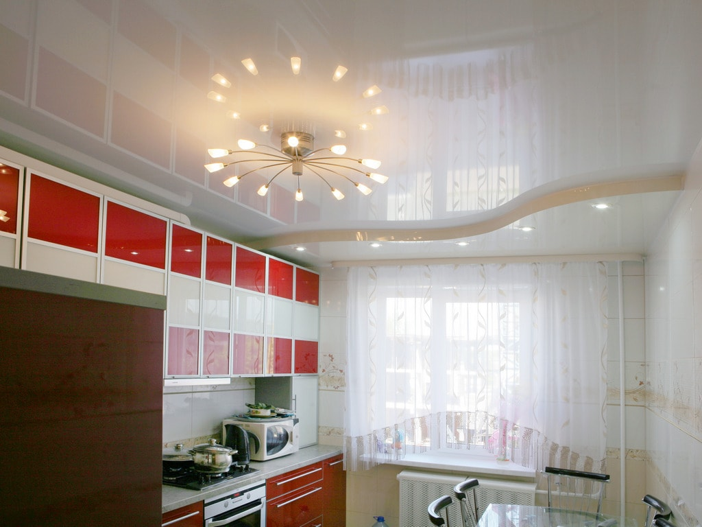 находится навесные потолки фото для кухни кастрюле разогреть