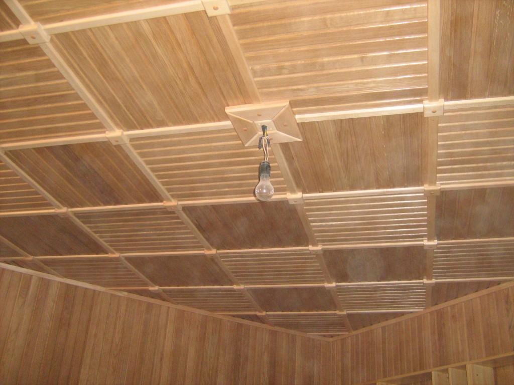 Вагонка для потолка фото