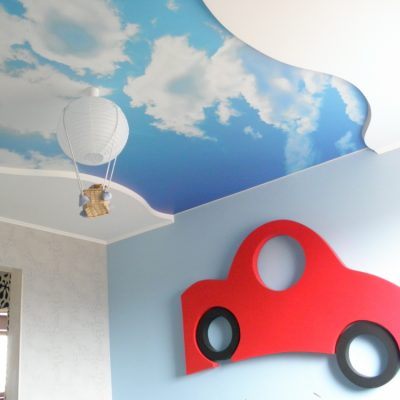 Потолок голубое небо