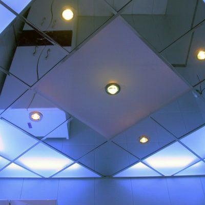 Потолок металический
