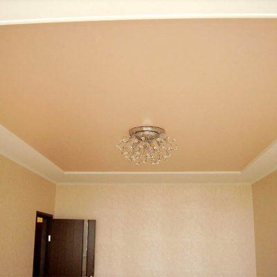 Потолок персиковый