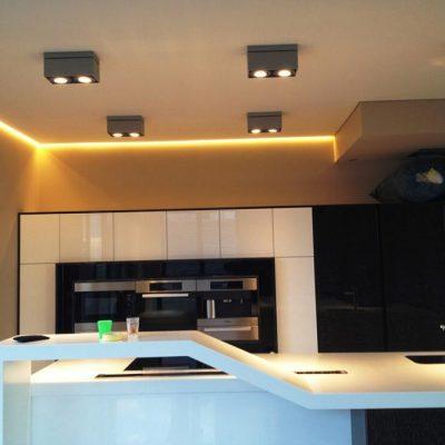 Потолок с подсветкой фото дома