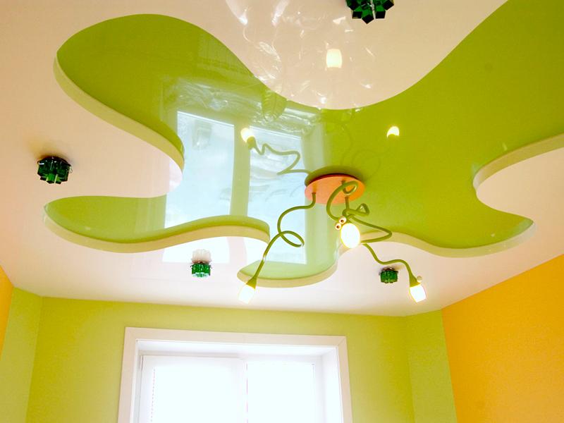 Многоуровневые натяжные потолки — модное украшение интерьера
