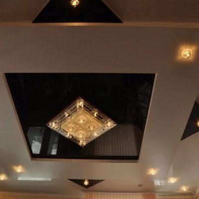 Квадратный потолок