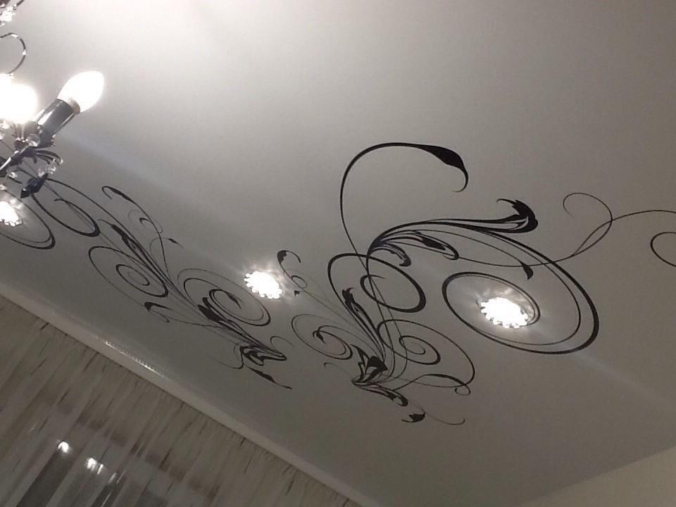 рисунки на навесных потолках фото вершине