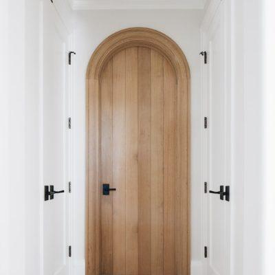 Отделка двери арки вагонкой