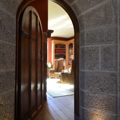 Арочная дверь в кабинет
