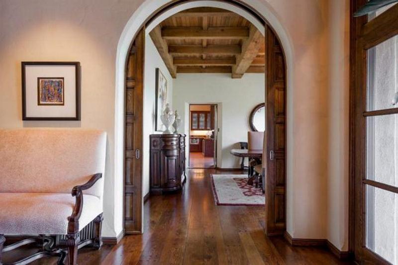 Раздвижные арочные двери