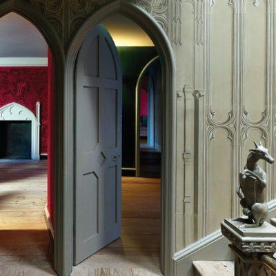 Стрельчатые межкомнатные арочные двери