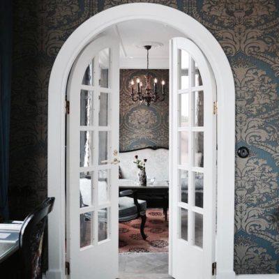 Полуциркульные арочные двери